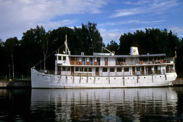 The Classic Canal Cruise on M/S Juno (Stockholm - Gothenburg)