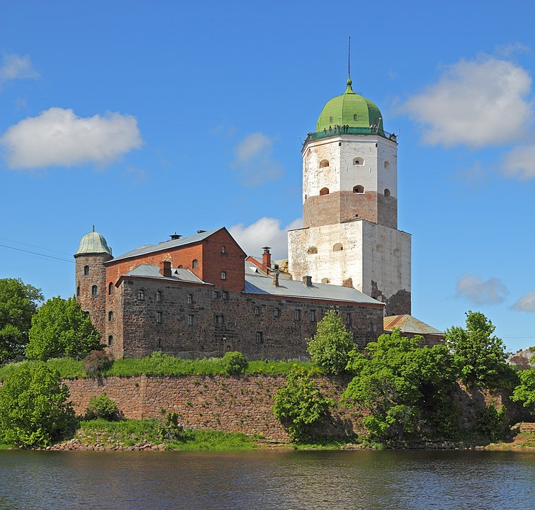 Castles and Royal Palaces in Scandinavia