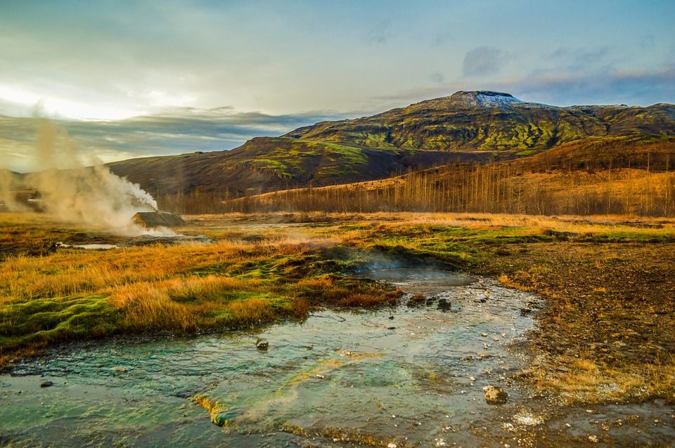Iceland's Golden Circle Iceland, Geysers, Waterfalls - the Best Places to Visit in Winter